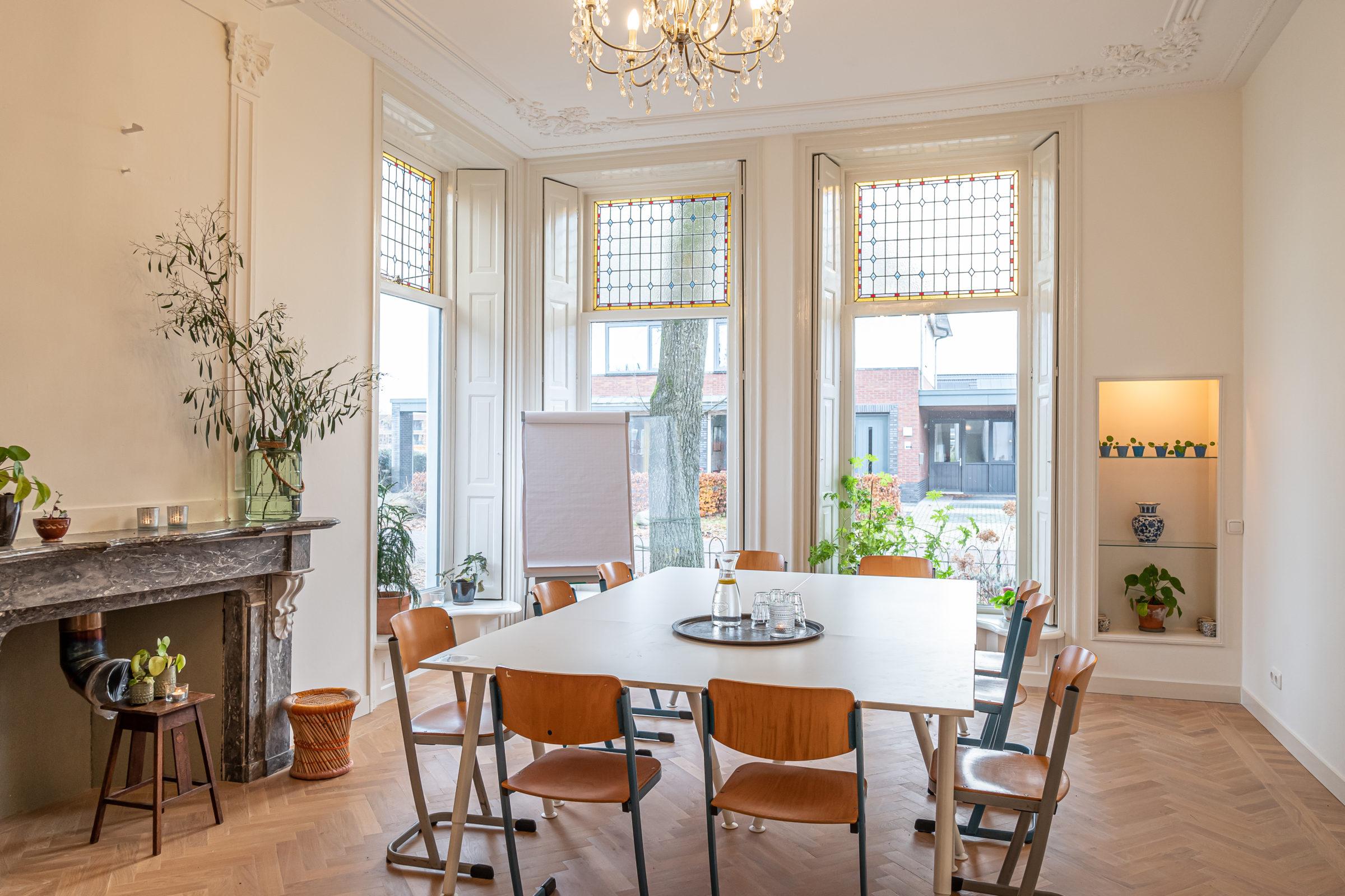 Kleinschalig vergaderen BijRoos Zuidhorn